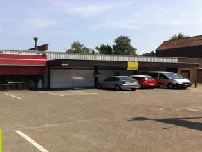 768m² winkelruimte te Gent op commerciële locatie <br /> Ligging: vlakbij Gent Sint-Pieters en nabij kruispunt De Sterre Beschikbaar: onmidd