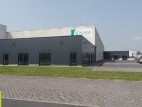 2.570m² magazijn met 289m² kantoor <br /> Ligging: vlakbij de R32 (Ring) gelegen op 5min van de A17 (Kortrijk-Brugge) <br /> Beschikbaar: on