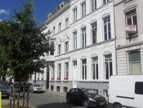 140m² kantoorruimte (verdeeld over gelijkvloers en 1ste verdiep)<br /> Ligging: op 5 min van op- en afritten E17 en vlakbij tram <br /> Beschikba