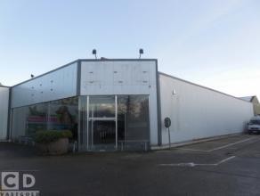 Ca 300m² winkelruimte in Dendermonde Ligging: vlakbij centrum Dendermonde en op commerciele site Beschikbaar: in samenspraak met huidige huurde