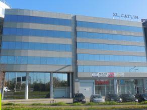298m² kantoor <br /> Langs de Singel en vlakbij Antwerpse ring<br /> Beschikbaar: onmiddellijk