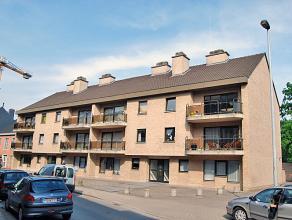 Appartement type 2 slpks met terras en garage. Omvat inkom met toilet en berging, keuken [eetmogelijkheid], living, nachthal, 2 slpks, badkamer [enkel