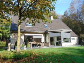Instapklare woning op rustige locatie in het Loveld te Aalter. Magnifiek onderhouden op een perceel van 2.056 m²! Alle comfort aanwezig. Vanuit a