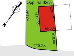 Bouwgrond geschikt voor HOB op een totale oppervlakte van 462 m². Voor meer info en/of bezoek bel Nancy : 0495 57 59 90