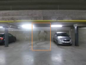 Centraal gelegen ondergrondse standplaats met kelderberging onder het J. Persijnplein in Wachtebeke.   Wenst u een bezoek: contacteer Bellina via 04