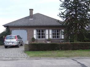 Deze vrijstaande eengezinswoning is een prima investering voor wie op zoek is naar een gezellige thuis dicht bij Gent.  De residentiële ligging