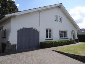 Prachtige, stijlvolle villa op een prima ligging in Maldegem. Deze thuis heeft alle troeven in huis:  drie slaapkamers, een gezellige grote tuin, een