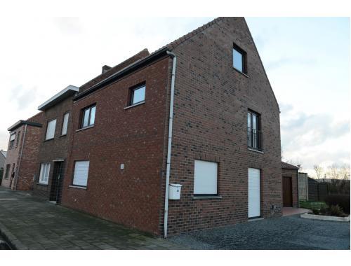 Huis te huur in eeklo 800 fmz5l immo willems for Willems verselder
