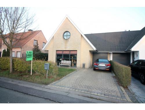 Huis te huur in eeklo 790 fq9rq immo willems for Willems verselder