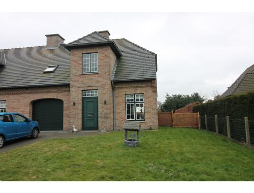 Huis te huur in kaprijke 750 fugdr immo willems for Willems verselder