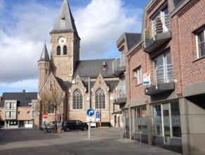 Het appartement bevindt zich in de residentie Torenzicht in het centrum van Lovendegem in de nabije omgeving van winkels, scholen en openbaar vervoer.