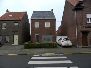 TE KOOP Alleenstaande Woning  Molenstraat 27 - Waarschoot  Omvattende:    inkomhall, living, keuken, wc,  berging, keldertje, overdekt terras, g