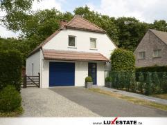 Deze mooie woning is zeer goed gelegen in de rustige wijk Neervelden. De woning is 100% gerenoveerd en beschikt over een ruime living met open (nieuwe