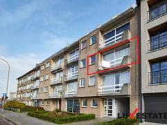 Dit sfeervol appartement op de 2de verdieping situeert zich tussen het prachtig kasteel Bisschoppenhof en het gemeentepark Bremweide, het mooie natuur