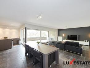 Dit recent appartement gelegen op de 1ste verdieping biedt een goede bereikbaarheid naar Antwerpen en Brussel via zowel A12 als E19. De vlotte aanslui