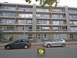 Mooi, ruim 2 slpk- appartement met 2 terrassen, gelegen op een zeer aangename en rustige locatie aan het Brilschanspark. Het appartement omvat een ink