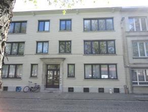 Instapklaar appartement met 2 slks en terras