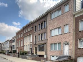 Centraal gelegen ééngezinswoning in wijk Oosterveld op loopafstand van winkels, scholen, campus Groenenborger, bus- en tramhalte, Middel