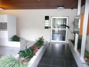 Keurig 1 slaapkamerappartement in residentie Nirwana met zicht op park, voorzien van een waterpartij en gelegen op loopafstand van Delhaize, omliggend