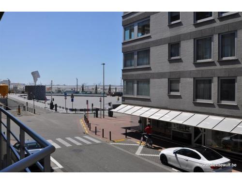 Appartement te huur in knokke heist 750 f4018 alex dewulf zimmo - Appartement muur ...