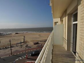 Uitzonderlijk appartement op het Rubensplein! Zeezicht en ruim terras met zuidwestelijke oriëntatie. Samenstelling van het appartement: Lange ink