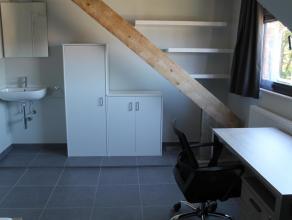 Volledig nieuw studentenhuis vlakbij Sportkot (KU Leuven FABER) en UCLL -campussen (hogeschool). Er zijn 15 kamers waarvan 4 met eigen sanitair. De ka