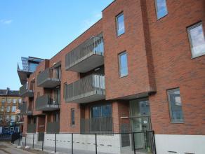 TE HUUR Volledig afgewerkt en zeer licht nieuwbouw appartement met 2 slaapkamers en ruim zuid-west terras. Prachtig zicht op Park Spoor Noord en de n