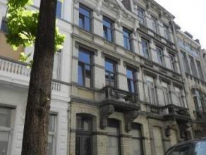 Gezellige gemeubelde studio te huur in centrum Antwerpen. Het betreft een kleinschalig appartementsgebouw met 3 éénkamerstudio's en 1 ge
