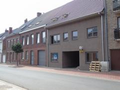 Topligging & veilige investering! 4 Volledig afgewerkte nieuwbouwwoningen met inspraak in keuze van materialen!  Het project omvat 2 woningen in d