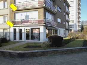 Handelspand met woonst: Het hoekhandelspand (75 m²) op het gelijkvloers omvat een handelsruimte met tegelvloer en grote pvc ramen mer HR++ glas (
