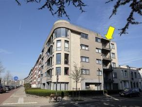 Instapklaar appartement met 2 slaapkamers gelegen op de 4° verd. van een recent en modern gebouw met lift, vlakbij winkels, scholen en openbaar ve