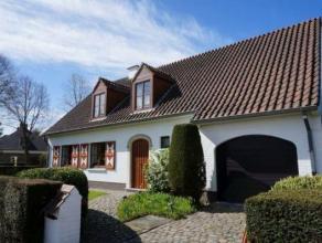Perfect onderhouden villa, rustig en residentieel gelegen te Mariakerke en toch vlakbij meerdere invalswegen,R4 , centrum en natuurgebied Bourgoyen De