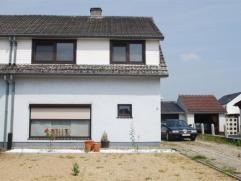 Deze grotendeels gerenoveerde woning komt in aanmerking voor iedereen die het belangrijk vindt om van een huis een eigen thuis te maken. De elektricit