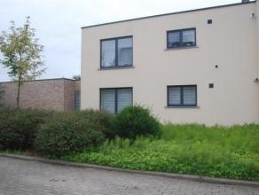 Gezellig appartement van maar liefst 120m²! In een kleine blok. Ervaar waar de voordelen van een woning en een appartement samenkomen. Dit gelijk