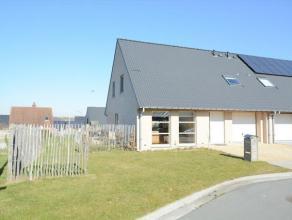 Deze woning is recent gebouwd door Matexi in een rustige woonomgeving nabij de gemeente Merelbeke. De woning is gelegen op een perceel van 508 m2 zuid