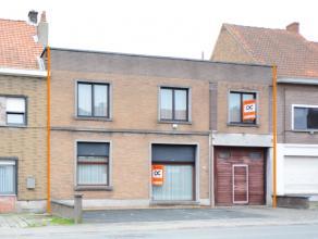 Deze grote woning (grootte perceel +/- 750m2) is gunstig gelegen op wandelafstand van het centrum van Oudenaarde en vlakbij alle belangrijke invalsweg