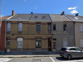 Deze gerenoveerde woning ligt op een ideale ligging qua bereik. De woning ligt op enkele minuten fietsen van het centrum en vlak bij het station van O