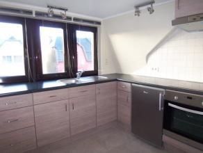 Au 2eme étage très bel appartement entièrement neuf qui se compose d'un séjour, une cuisine équipée s&eacute