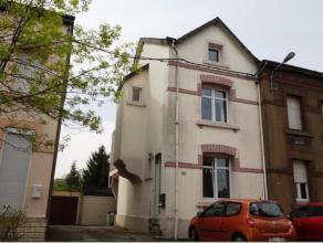 ATHUS, jolie maison 3 façades en très bon état d'entretien située dans une rue secondaire idéale pour les familles