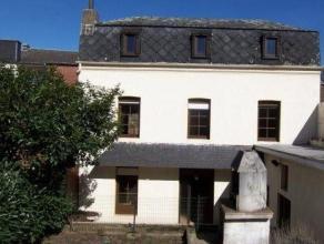 Belle maison de 160 m² très bien située  Elle se compose dun séjour, une cuisine avec coin repas, une salle à manger,
