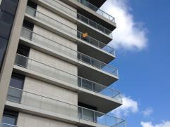 Residentie Hassaporta  Prachtig appartement gelegen op de 5de verdieping met zonnig terras en panoramisch uitzicht  Troeven •Toplocatie! •Leef