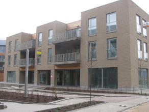 Bel appartement situé dans une nouvelle construction au 1er étage, dans le centre de Strombeek-Bever, comprenant: hall d'entrée a
