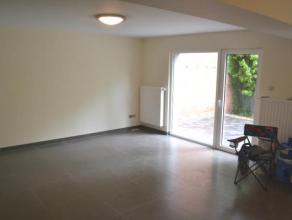 A proximité de l'avenue des Pagodes et de la rue de Wand, dans un petit immeuble, sympathique flat*studio avec un coin à dormir de +/- 1