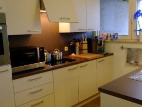 TE HUUR: Knap 2 slaapkamer-appartement in RESIDENTIE PEREMANS mét terras! Ruim 2-slaapkamer appartement van 89m² met doordachte indeling e