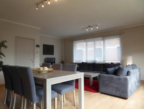 KLEIN BESCHRIJF MOGELIJK - Erg ruim 2-slpk GLVL appartement (110m2) met garage & voortuin. Wordt verkocht met ERA Koper Garantie Plan! Extra: - Re