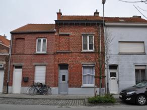 Op te knappen arbeiderswoning te Kessel-Lo, op wandelafstand van het station van Leuven. Deze woning is enkel aan te kopen als opbrengsteigendom aange