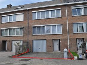 Verzorgde, instapklare maar op te frissen bel-etage aan de rand van Leuven, in een doodlopende straat palend aan het Provinciaal Domein van Kessel-Lo.
