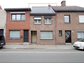 Goed gelegen gerenoveerde woning met tuin en garage te Beveren. De ligging,de moderne badkamer en keuken,de 3 slpks,de garage met automat. sectionaalp