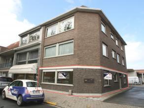 Uitstekend gelegen instapklaar appartement met veel lichtinval aan de stadsrand van Sint-Niklaas. De goede ligging aan de stadsrand van Sint-Niklaas n