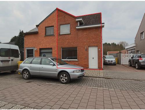 Huis te huur in westerlo 750 fqsay era visitas zimmo for Westerlo huis te koop